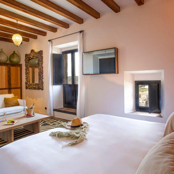 hotel_la_torre_del_canonigo_45_suite_vista_mar