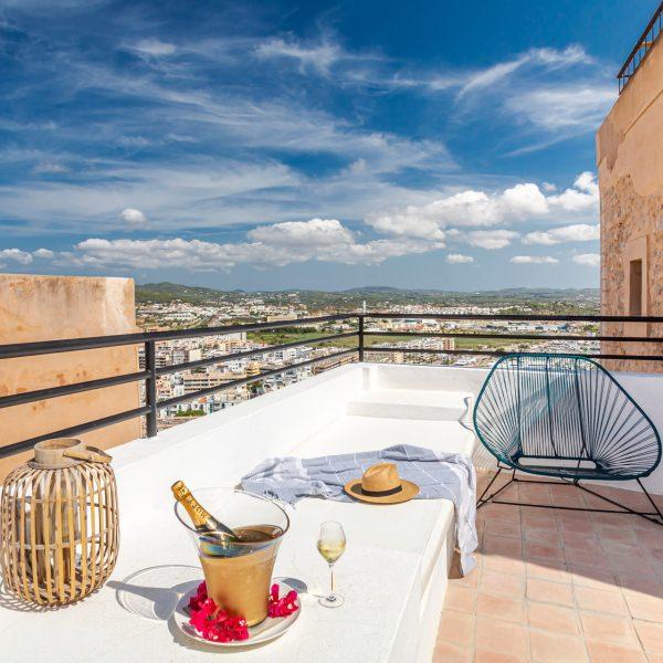 hotel_la_torre_del_canonigo_habitacion_familiar_deluxe_3